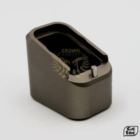C&C GREY L MAGPAD-Magwell-Crown Airsoft