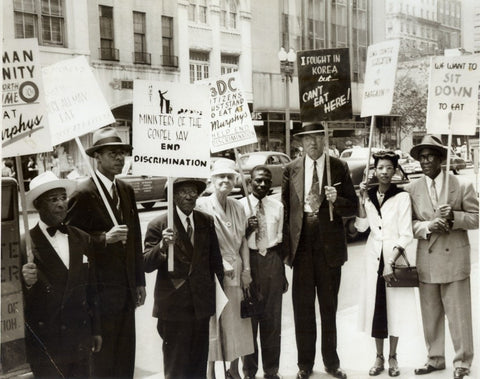 Mary Church Terrell, center, protests in June 1952, outside Murphy's, a D.C. restaurant with a segregated lunch counter. ( Courtesy: Moorland-Spingarn Research Center at Howard University )