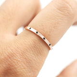 Flush set square band Ring - HerBanana