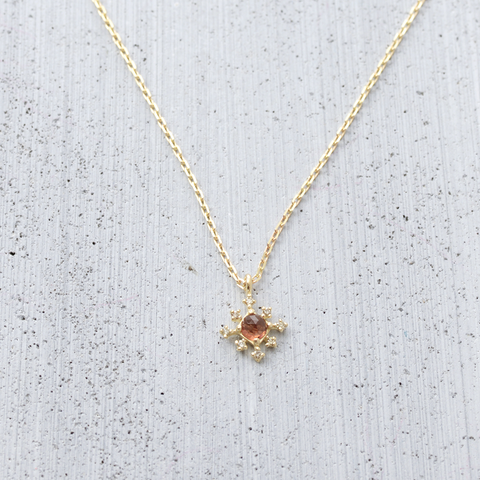 Snow flower Necklace - HerBanana