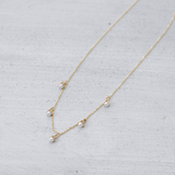 Pearl blossom Necklace - HerBanana