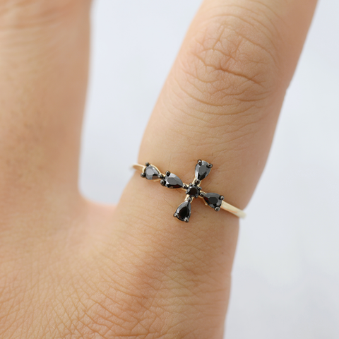 Black cross Ring - HerBanana