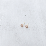 Queen stud Earrings - HerBanana