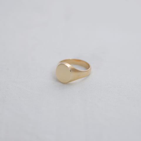 Signet Ring - HerBanana
