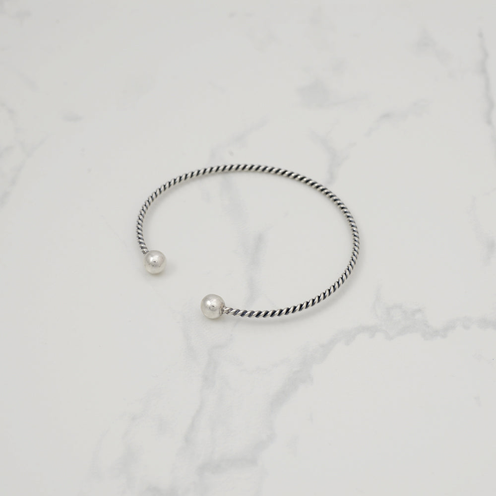 Twist ball Bracelet - HerBanana