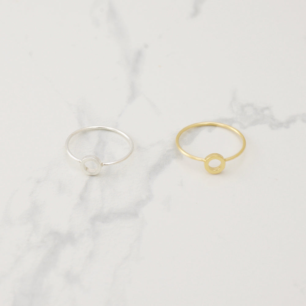 Small Circle hug Ring - HerBanana