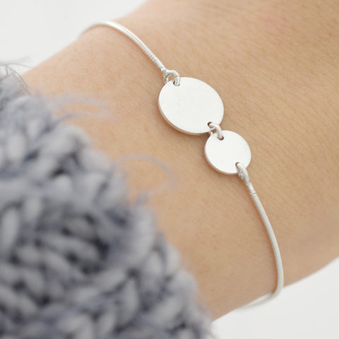 Two flat circles Bracelet - HerBanana