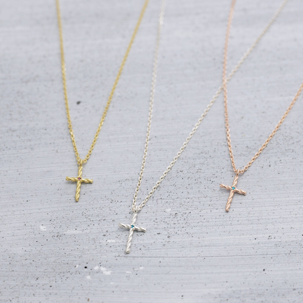 Twisted cross Necklace - Silver