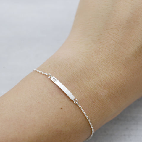 Diamond skin bar Bracelet - HerBanana