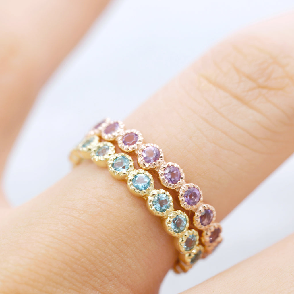 Natural stone all around Ring - Gold