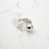 Ball and bar Ring - HerBanana