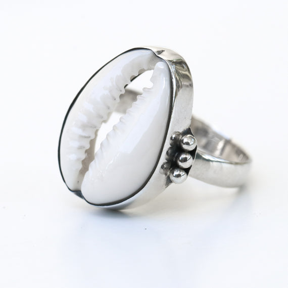 Hawaii Cowrie Shell Ring