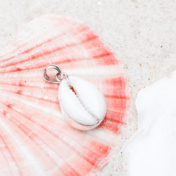 Island Cowrie Necklace