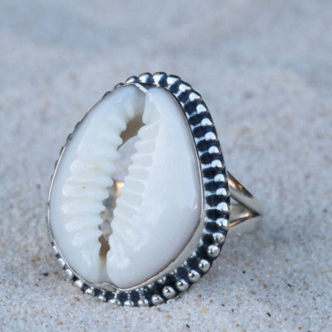 Cowrie Bubble Ring