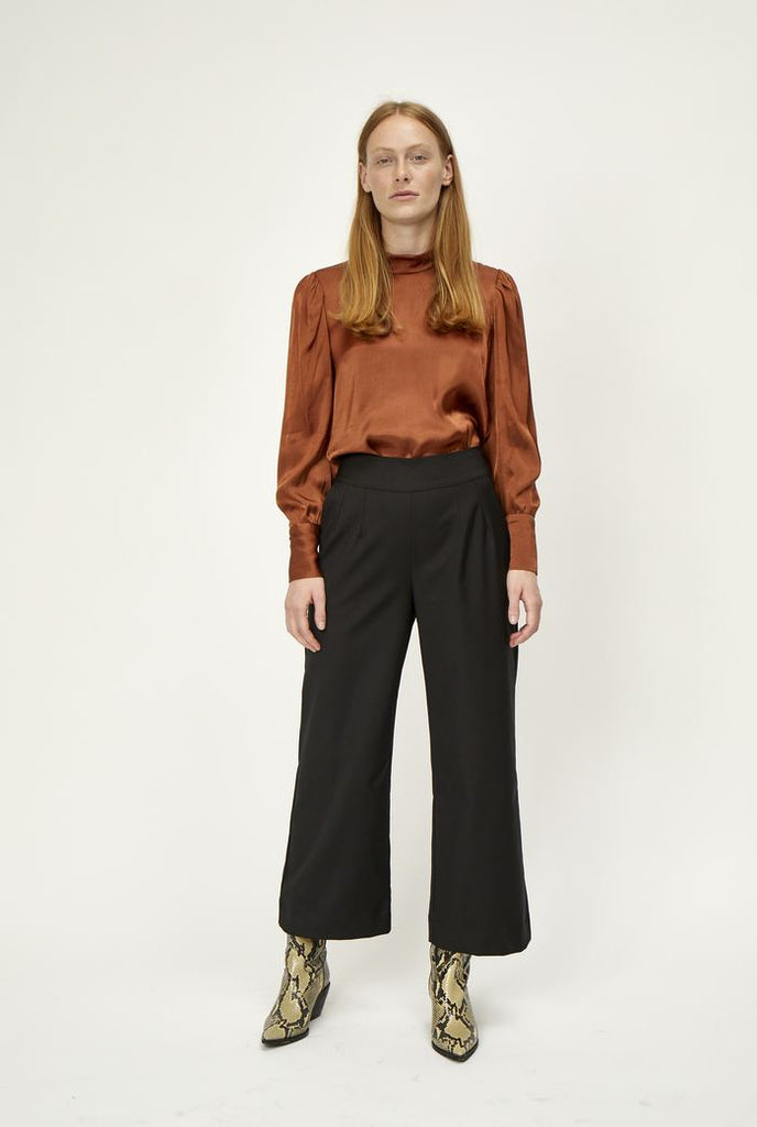 Maximo Wide Leg Trousers in Black