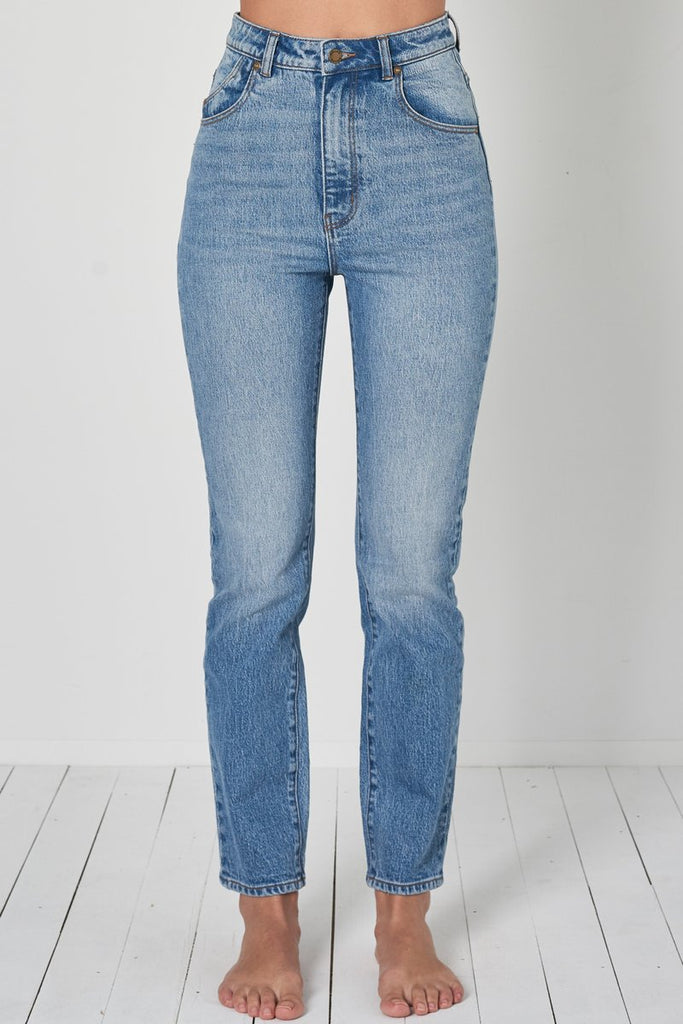 Dusters Jeans in New Vintage Blue Wash