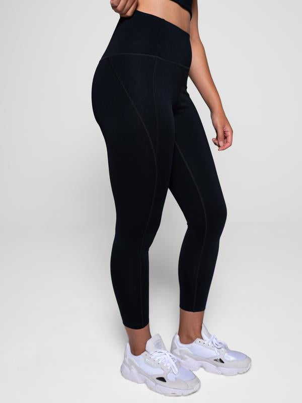 "23.75"" Crop High Rise Classic Compressive Leggings in Black"