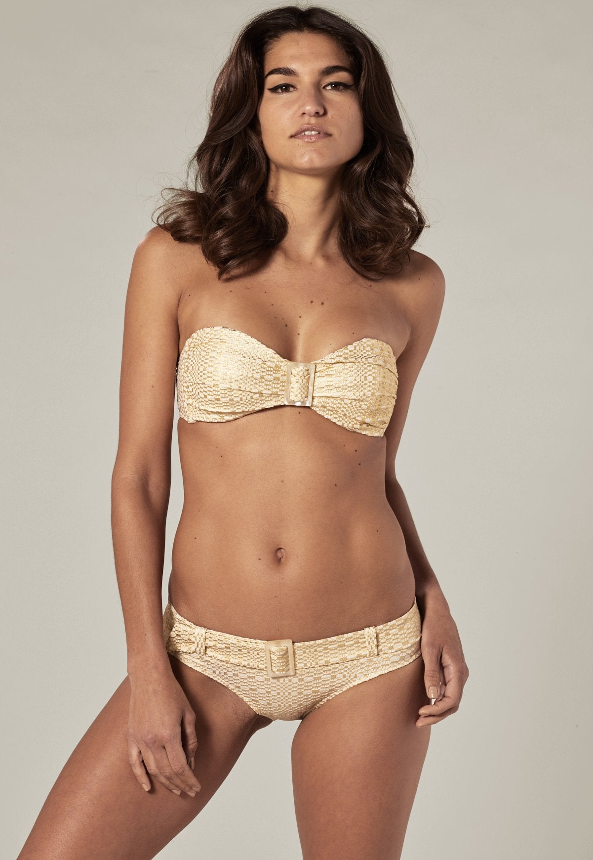 BUCKLE BANDEAU GOLD/CREAM SEERSUCKER BIKINI