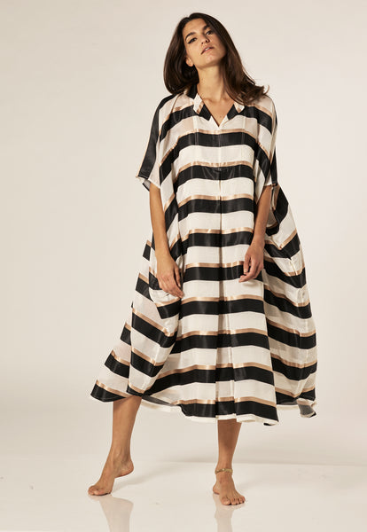 BLACK/GOLD STRIPED CAFTAN