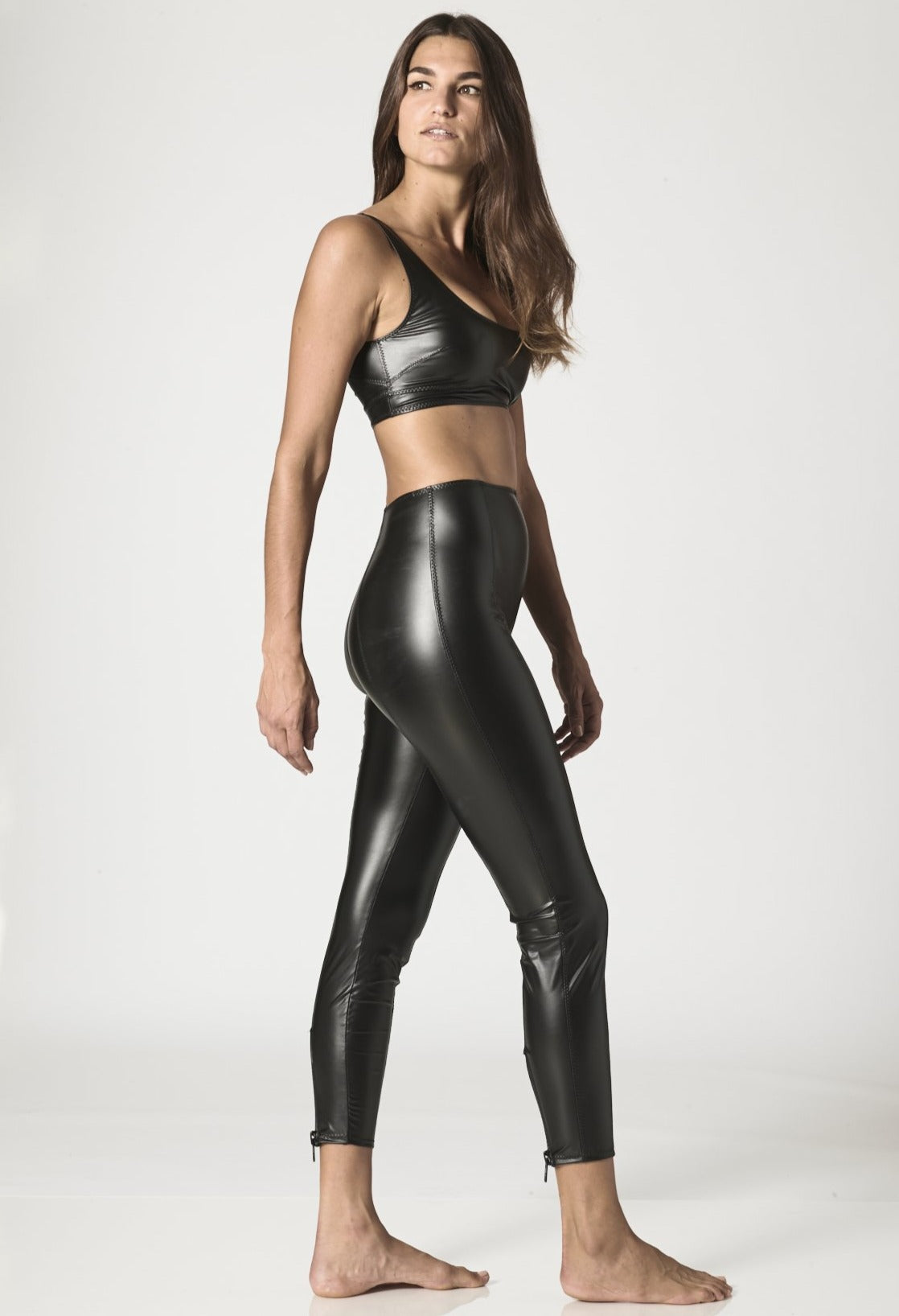 KARLIE BLACK VEGAN LEATHER LEGGING