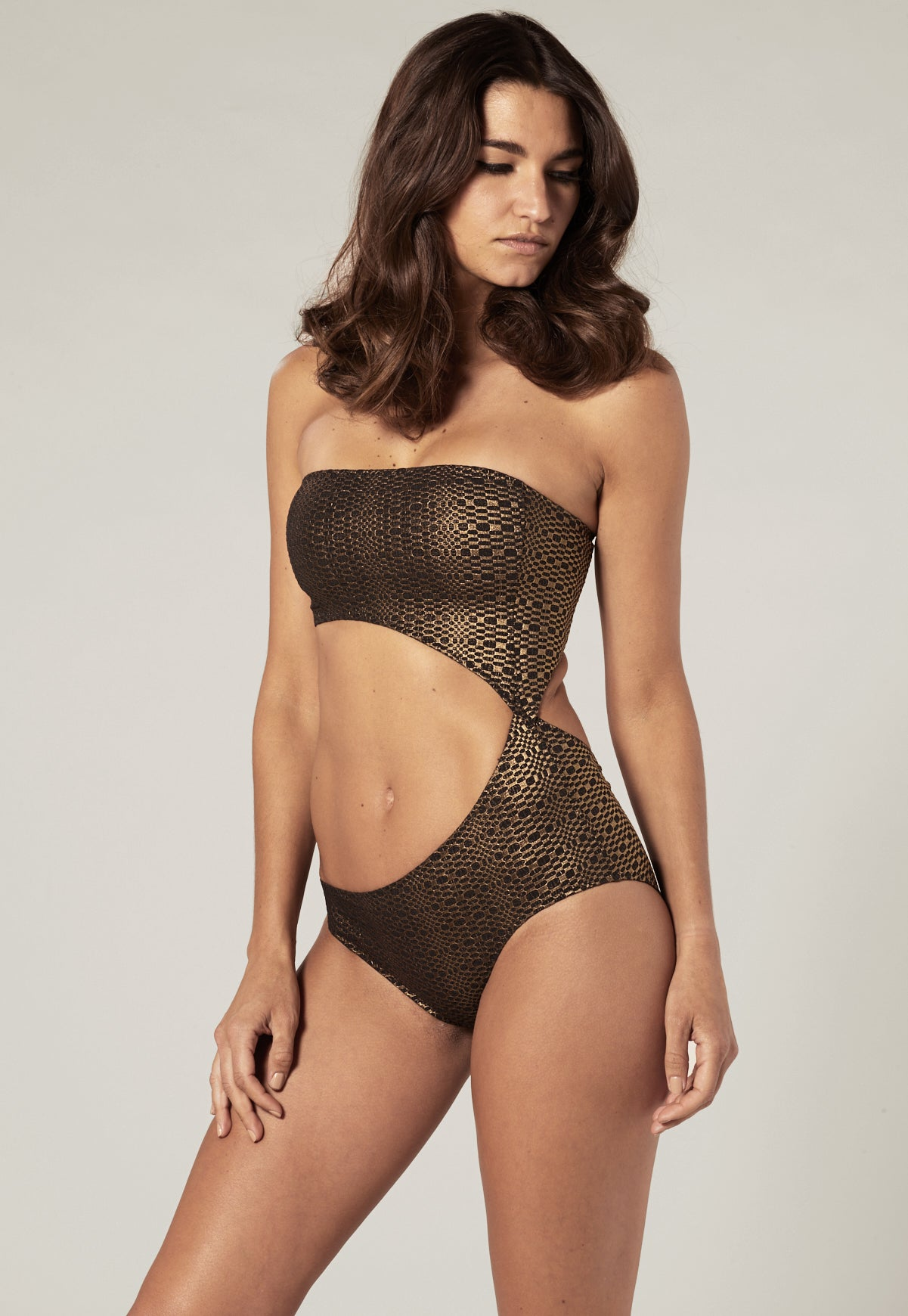GOLD/BLACK METALLIC SEERSUCKER CUT OUT MAILLOT