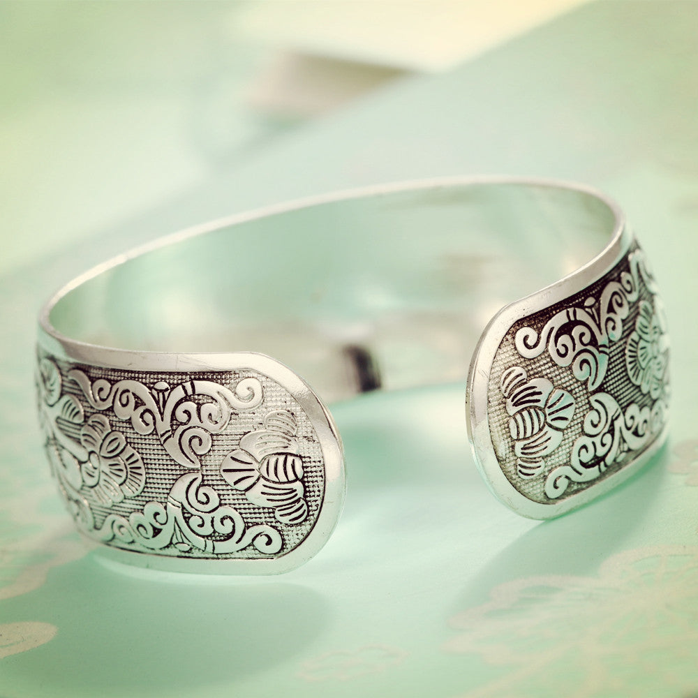 Silver Plated Flower Bangles