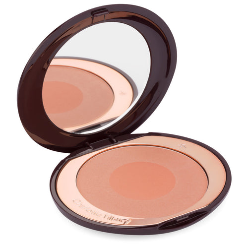 "Charlotte Tilbury - Cheek to Chic ""First Love"""