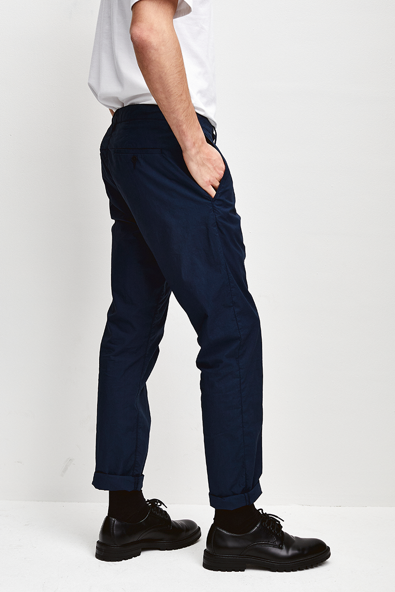 PAPERTOUCH SLIM FIT PANTS