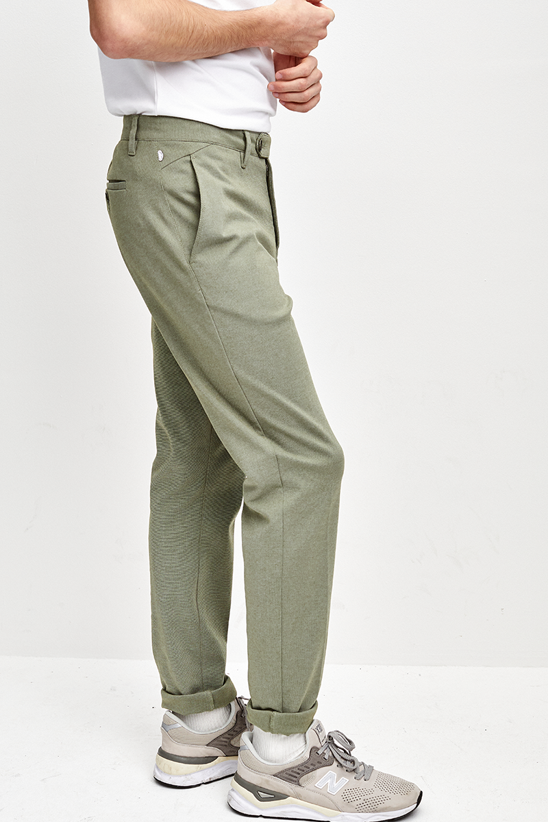 SOFT SLIM FIT CHINO