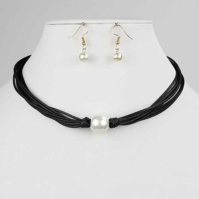 Black Pearl Choker Necklace & Earrings