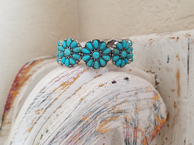 Shallow Water Turquoise Stretchy Bracelet
