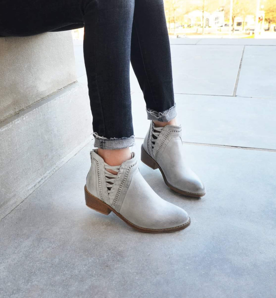 Detailed Grey Bootie