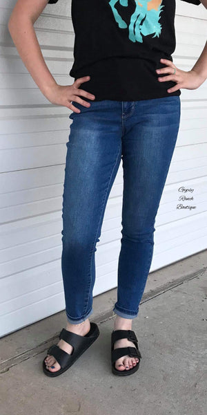 Brynlee Hide Your Muffin Top Skinny Jeans - Also in Plus Size