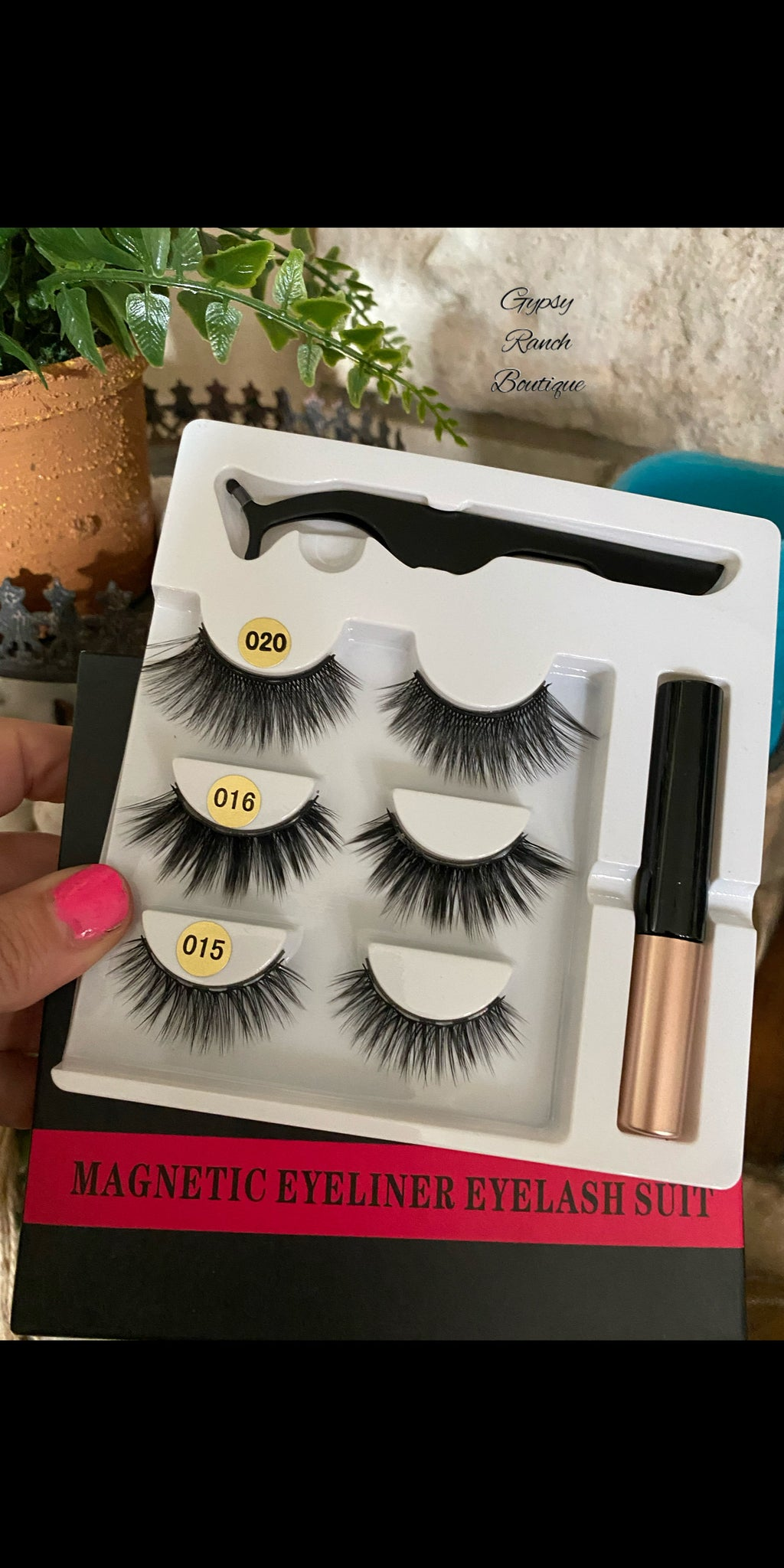 The Ultimate Magnetic Eye Lashes