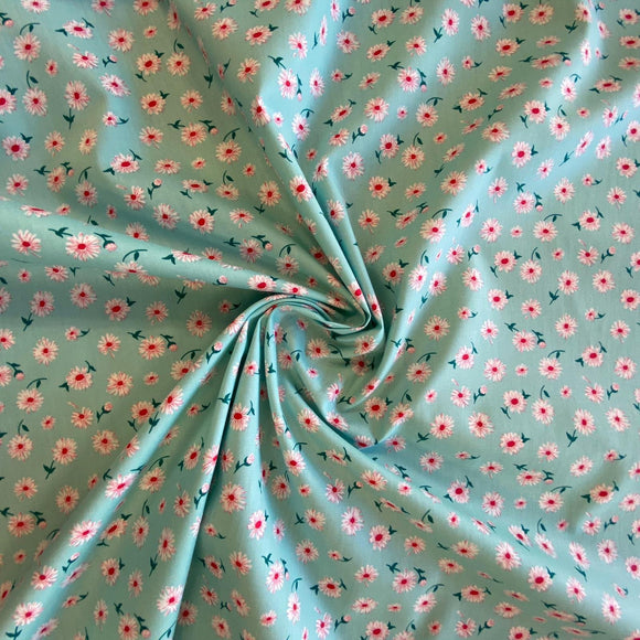 100% Cotton Fat Quarter - Mint With Daisies