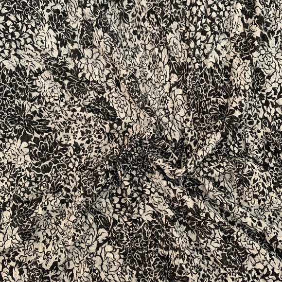 Remnant 13124 4m Crinkled Knitted Jersey Black and White Print (approx 150cm Wide)