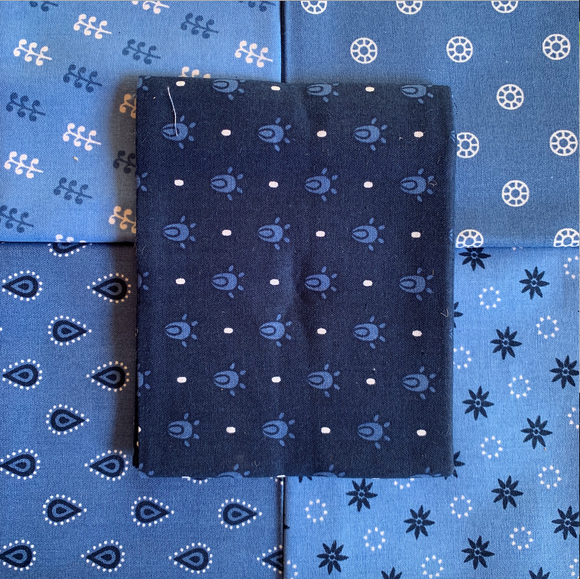100% Cotton Fat Quarters - Essential Trend Blue
