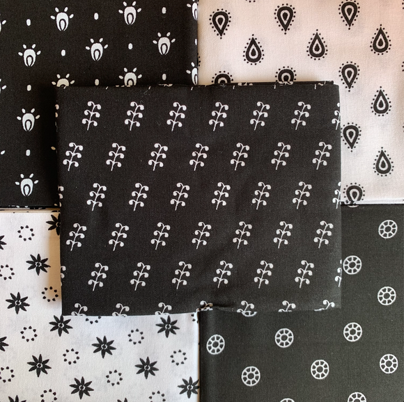 100% Cotton Fat Quarters - Essential Trend Black/White