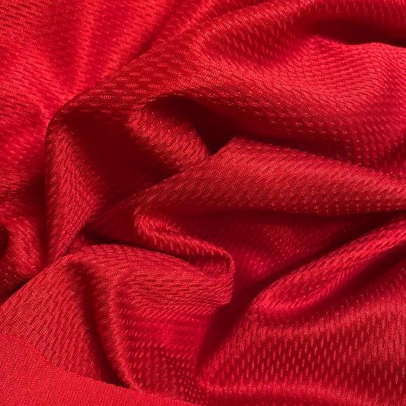 Remnant 81209 2m Pique Effect Polyester Red 150cm Wide