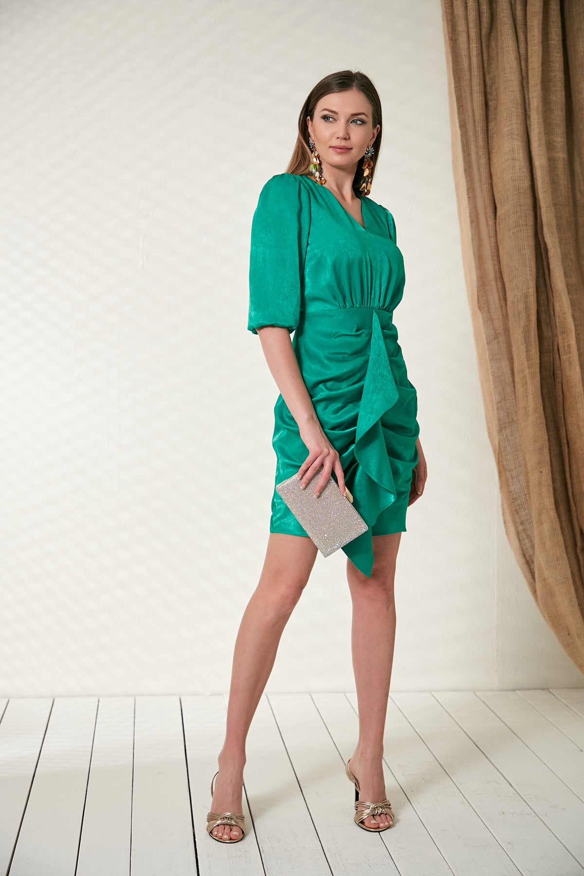 Ruffle dress in green