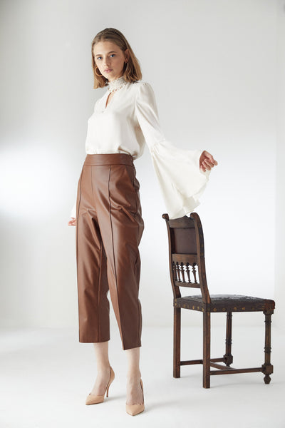 High Waist Leather Trousers with Arrows in Camel colour - jqwholesale.com