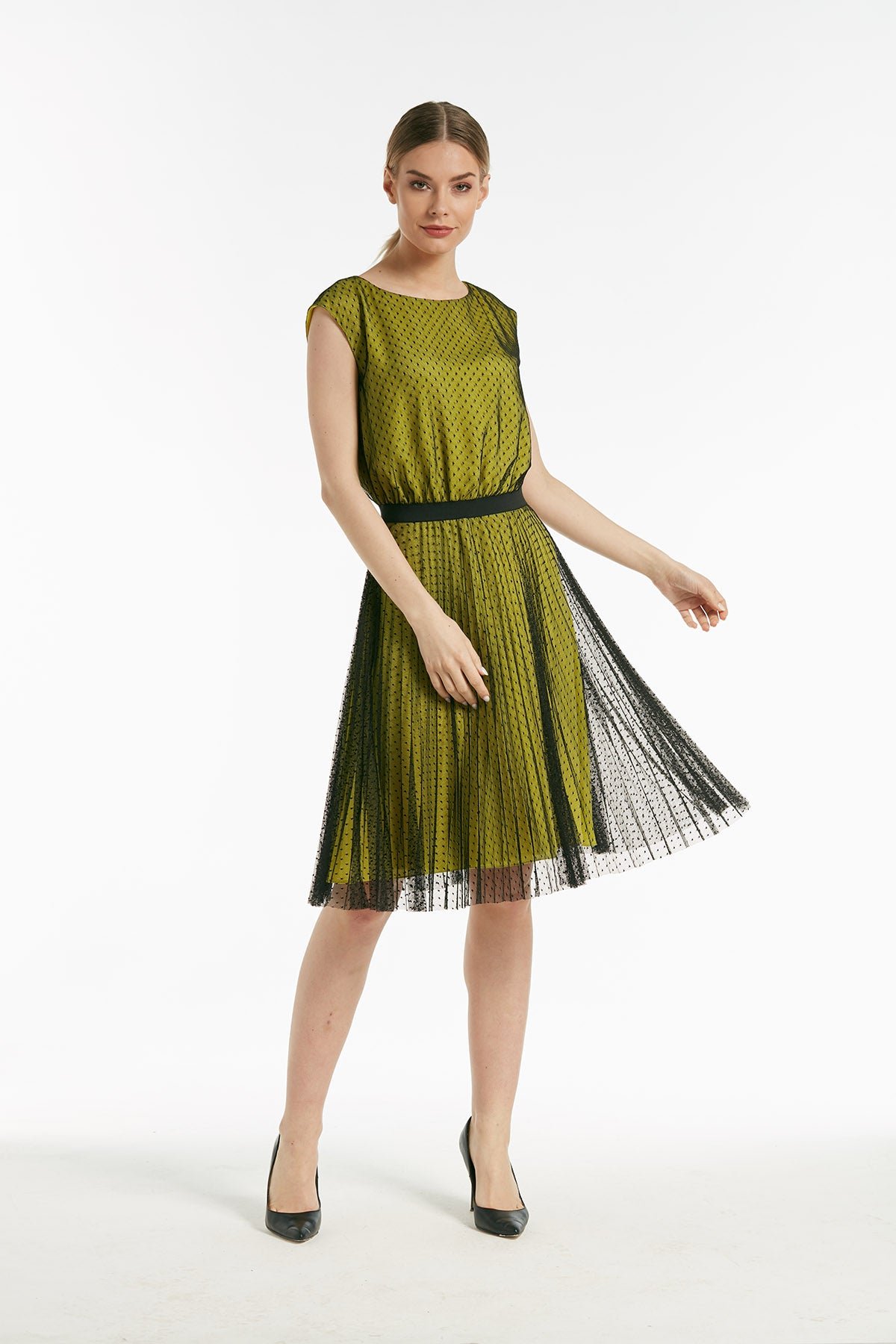 Knee-length flying pleated dress - 54185