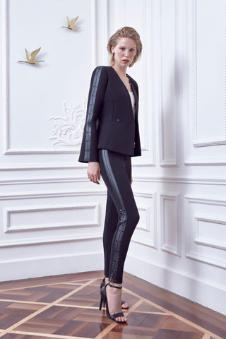 Middle waist ankle length slim trousers with foax leather