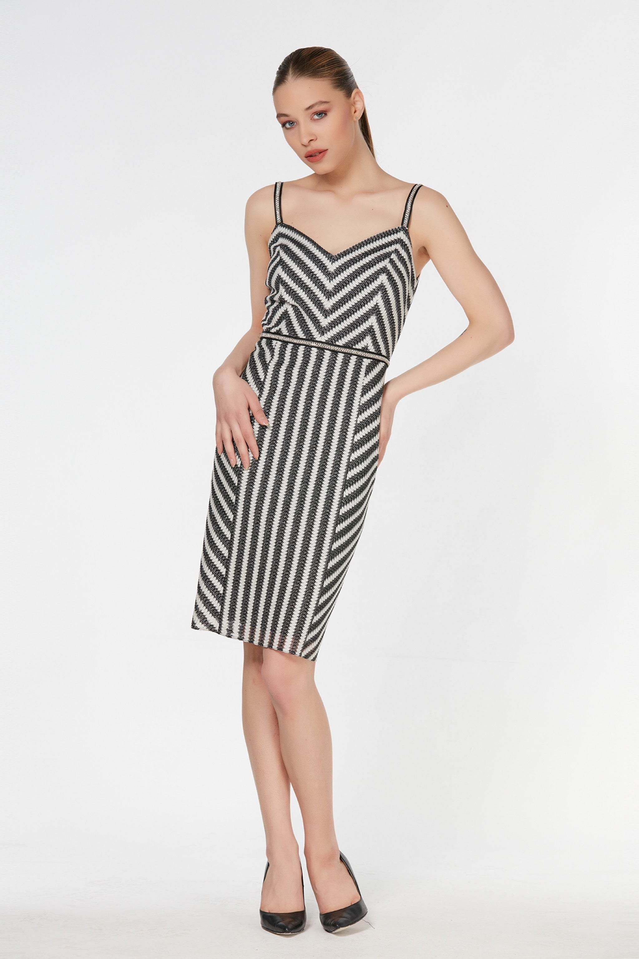 Knee length black and white striped skater strapless dress - 54411