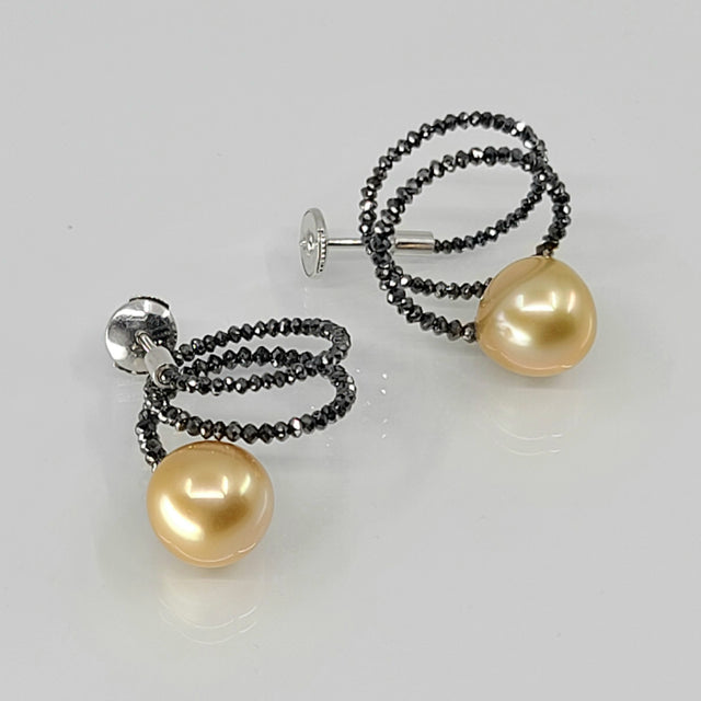 SPIRAL BLACK DIAMOND GOLDEN PEARLS EARRINGS PATRICE FABRE RIVIÈRE NOIRE COLLECTION