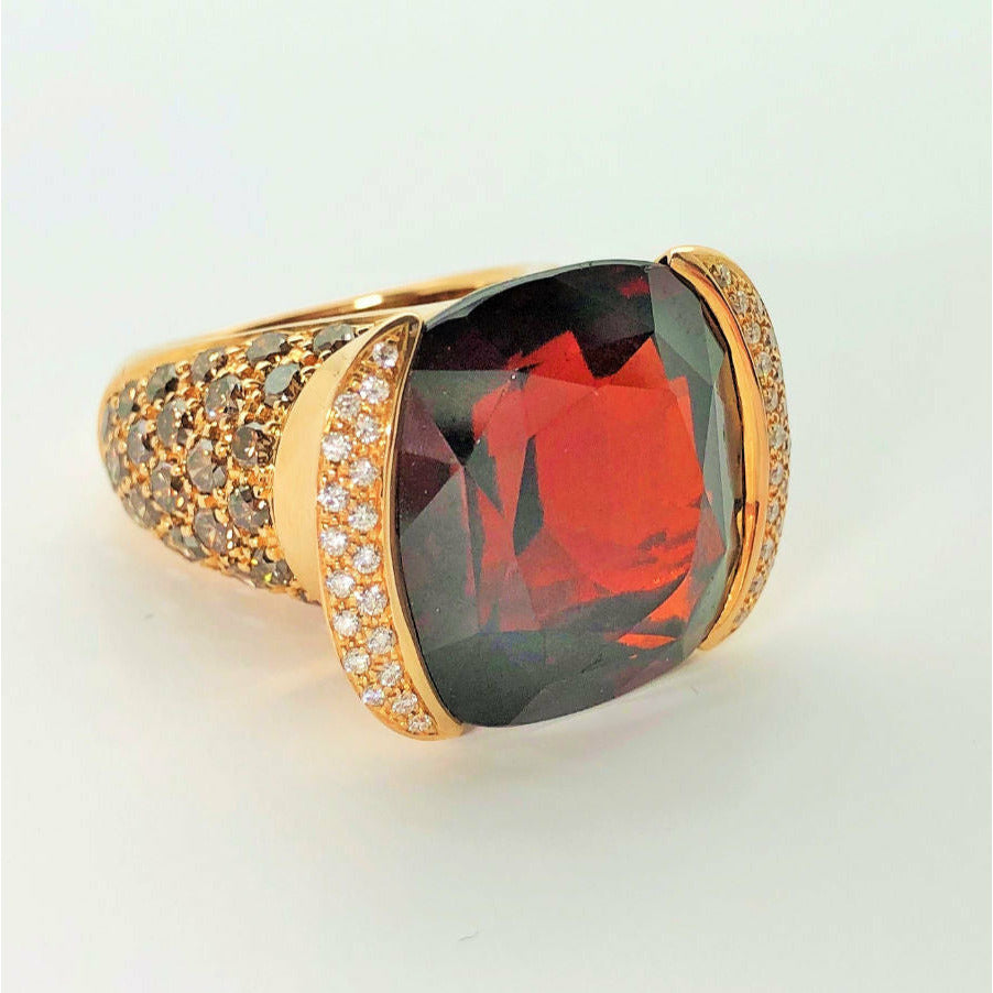 Garnet Ring in 18K Yellow Gold - GERARDRIVERON