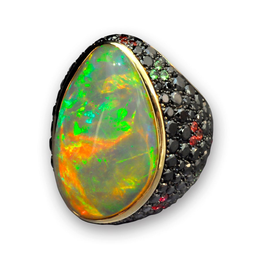 Black Opal Ring in 18K Yellow Gold - GERARDRIVERON