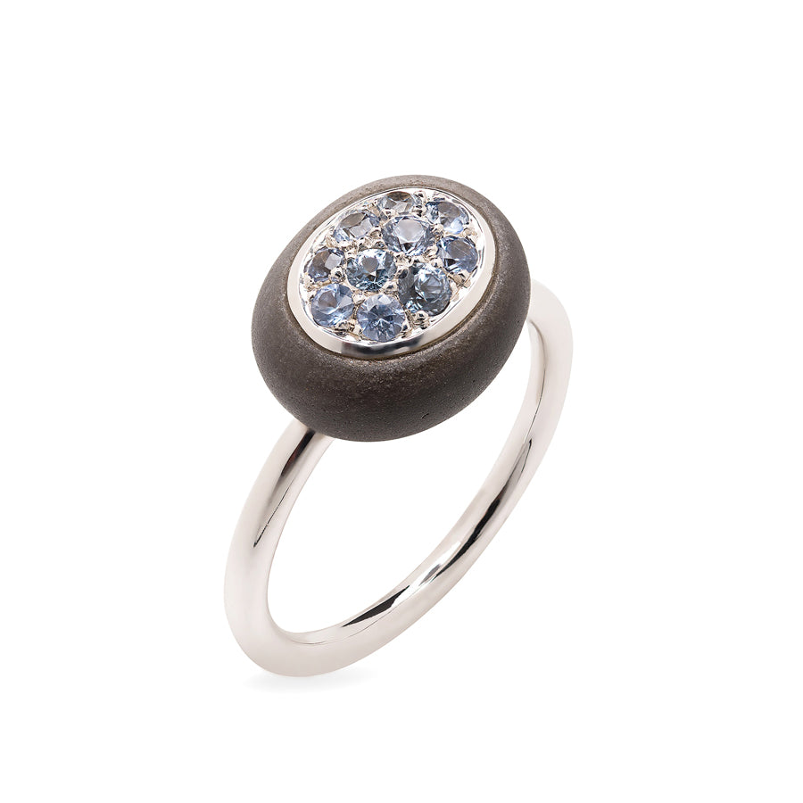 Mini Galet Collection Obsidian and Light Blue Sapphires Ring - GERARDRIVERON