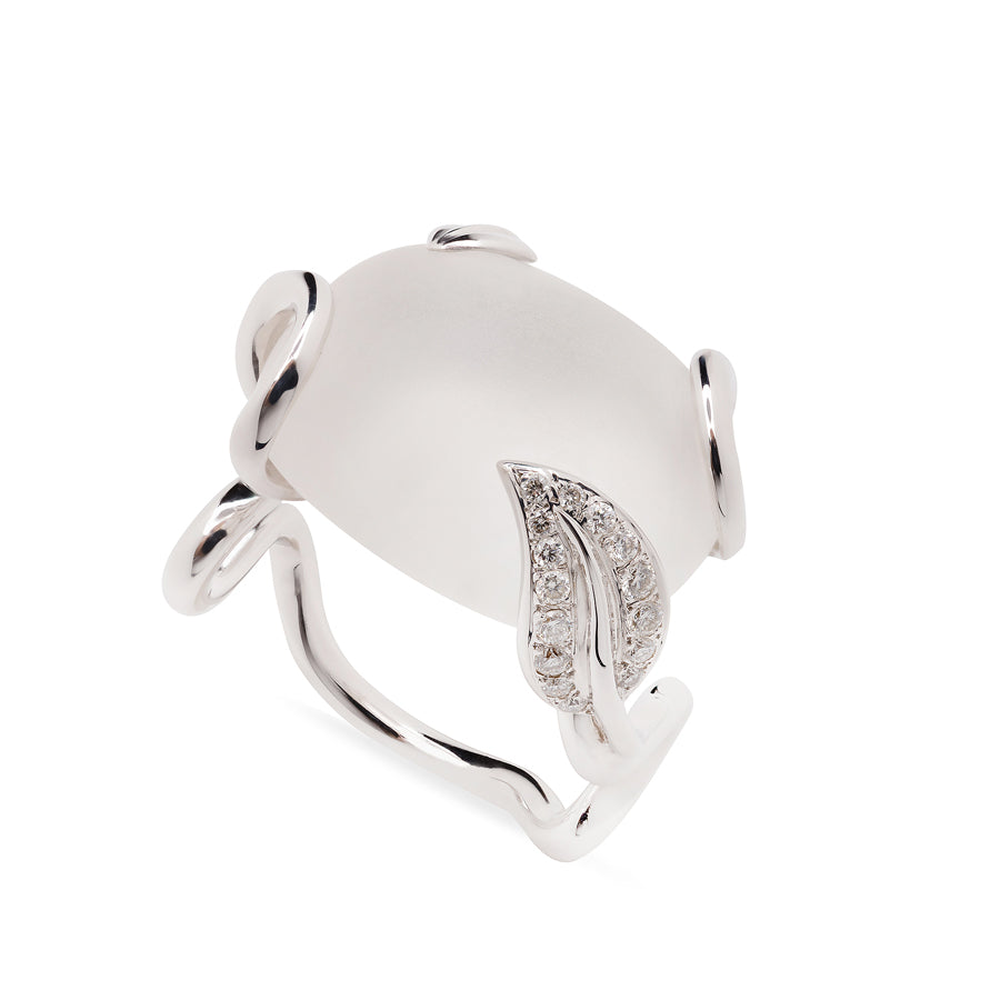Zig Zag Collection White Gold Rock Crystal and Diamonds Ring - GERARDRIVERON