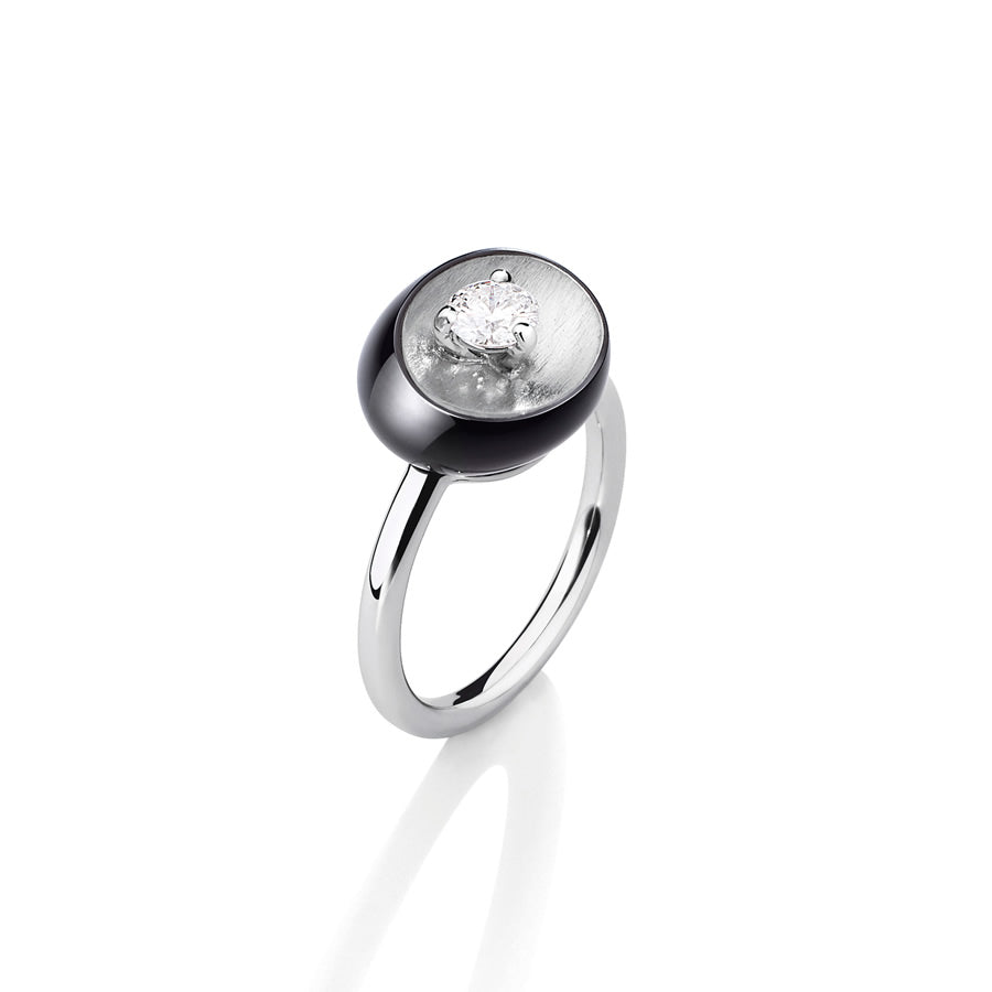 White Gold, Obsidian and Round Diamond Solitaire Ring from the Galet 'Solo' Collection